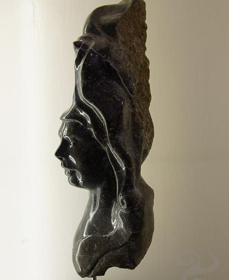 sculpture en pierre d'avesnois