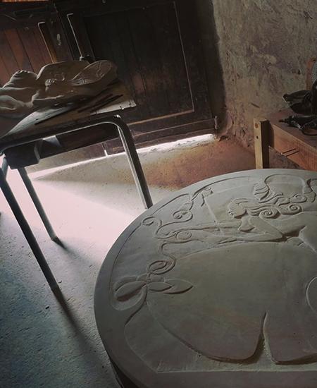 Atelier de sculpture sur pierre dans le tarn à boissezon.