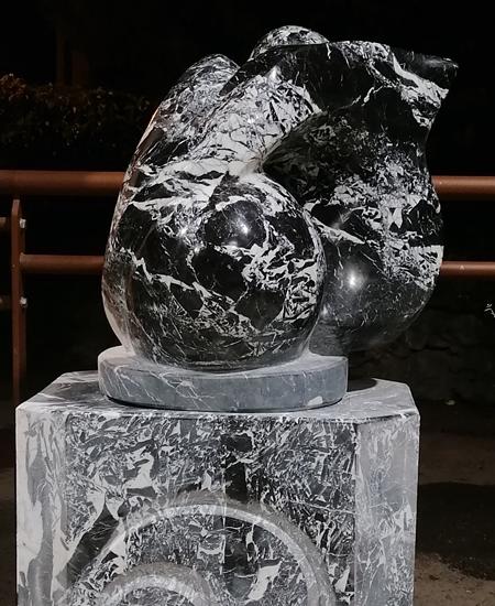sculpture en Marbre Grand Antique d'Aubert à Moulis en Ariège